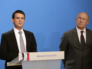France targets welfare for big spending cuts