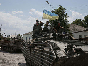 Russia threatens Ukraine after shell crosses border