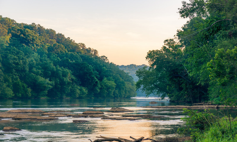 Enjoy incredible views of the Chattahoochee River from the East Palisades Trail. (Bradley Huchteman)