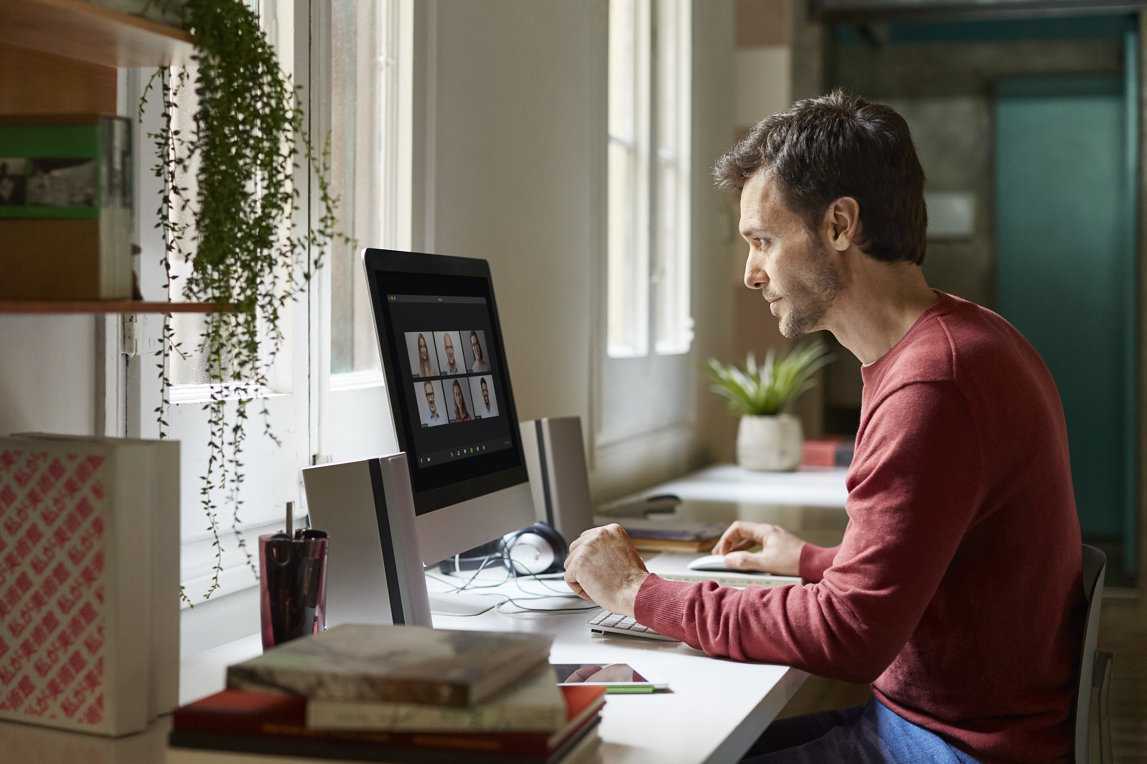 9 Tips to Create a Home Office with Little or No Money