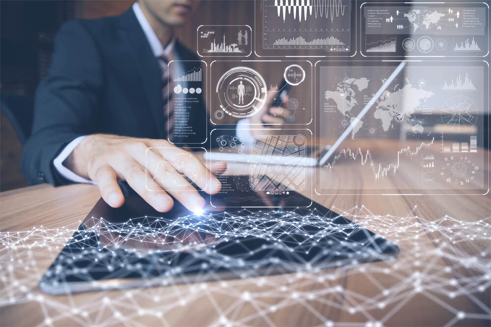 9798154898 デジタルトランスフォーメーションを推進するため、私たちは先端技術をどう活用していけば良いでしょうか。【Fujitsu Insight  2018「AI・IoT」基調講演レポート】