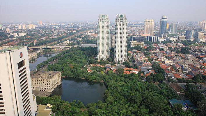 メインビジュアル : 都市化が進むインドネシアの社会課題はICTで解決