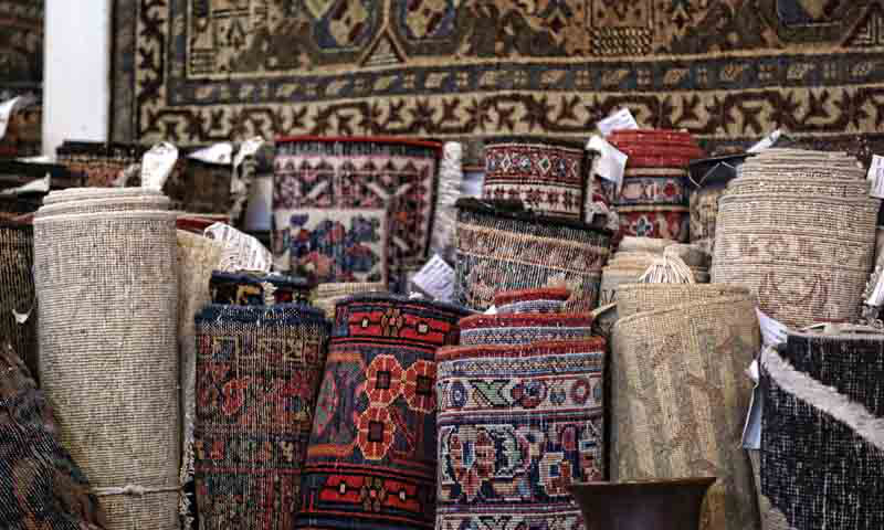 Overton Rugs offers a fine selection of Persian and Turkish rugs.
