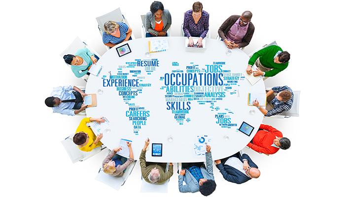 メインビジュアル : 世界各国の拠点の人事・給与状況を一元的に把握可能!「グローバルHCMサービス」