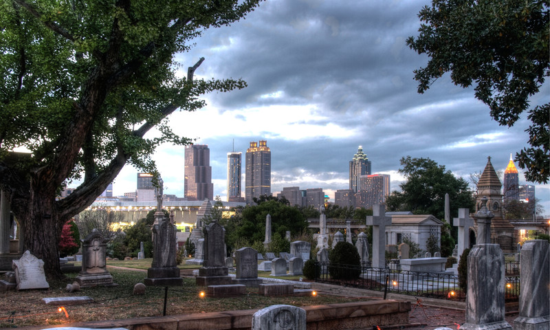 Go on a scavenger hunt at Oakland Cemetery.