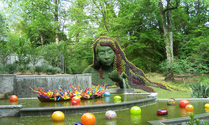 Things to do around new chihuly exhibit atlanta insiders - Chihuly garden and glass discount tickets ...