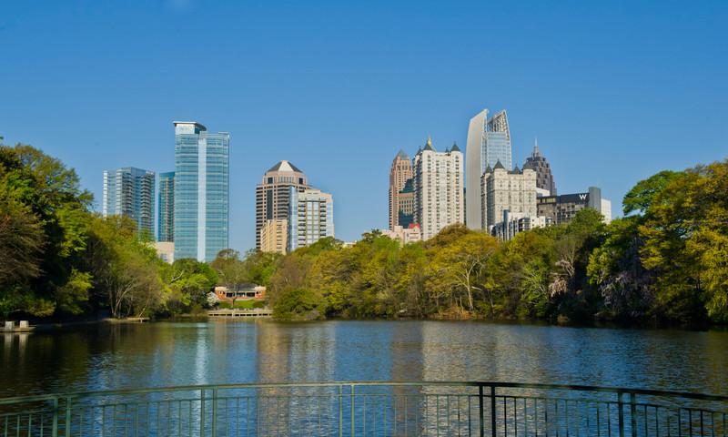 You'll love the views at Piedmont Park. (📷 James Duckworth, AtlantaPhotos.com)