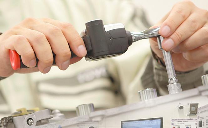 メインビジュアル : 「カイゼン × カイカク」デザイン思考でサービスエンジニアの未来を拓く!トヨタ自動車 サービス技術部のイノベーションへの取り組み