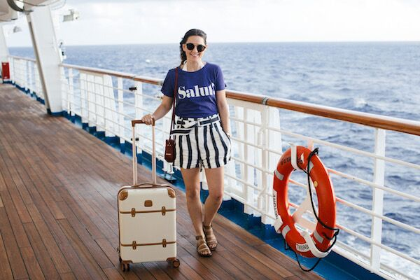 what to wear on a cruise_1.jpg