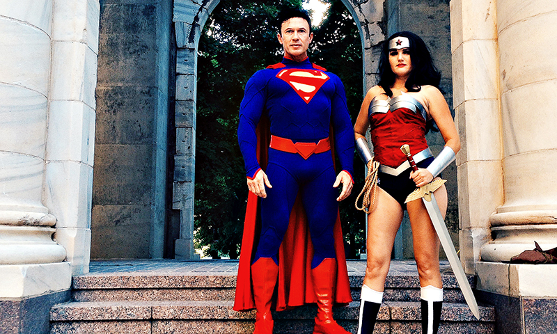 Grab your sweetie and dress in couples costumes at Dragon Con. (Benjamin A. Pete)