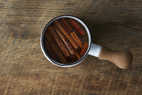 How to Make Cinnamon Syrup