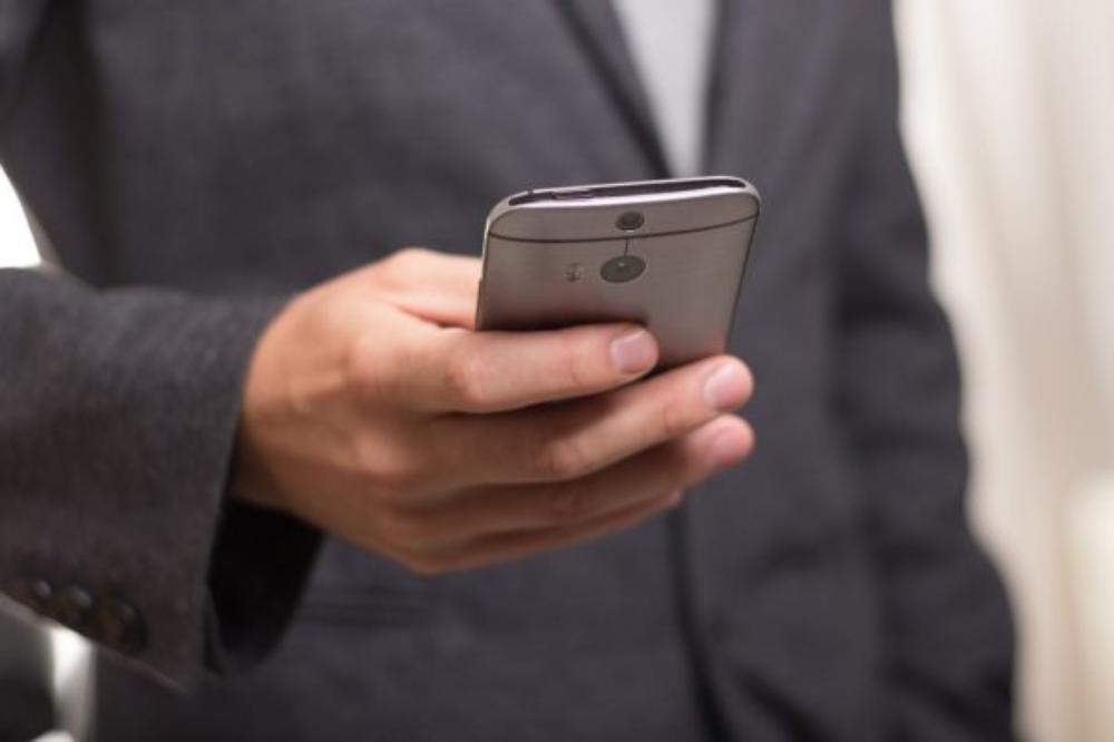 メインビジュアル : 顧客が購入意欲を失くす?電話での問い合わせに企業がやりがちなNG対応