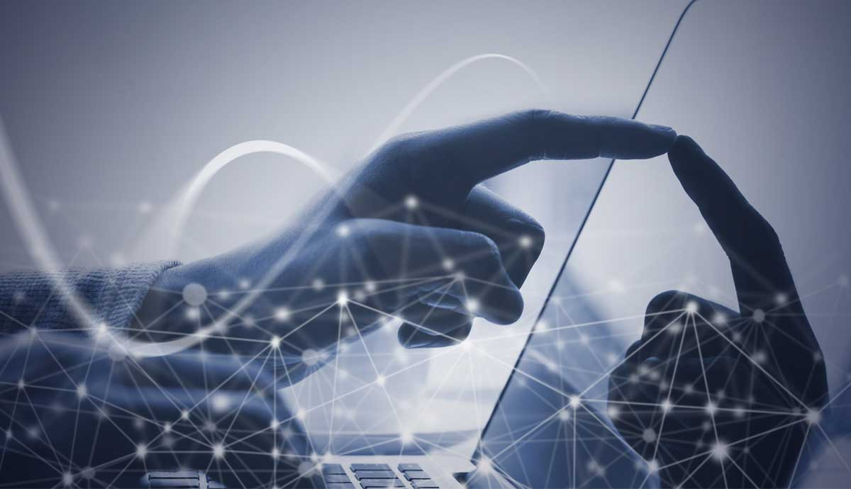 Main visual : Internet 4.0: Farewell to digital illiteracy