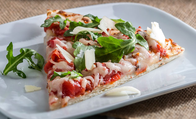 Tomato and Arugula Grilled Pizza