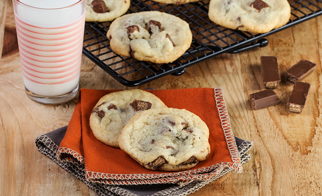 Crispy Chocolate Sugar Cookies Recipe